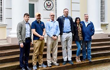 Американские дипломаты покинули Беларусь