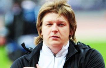 Athlete Nadzeya Astapchuk 'Outguns' Minister Of Sports