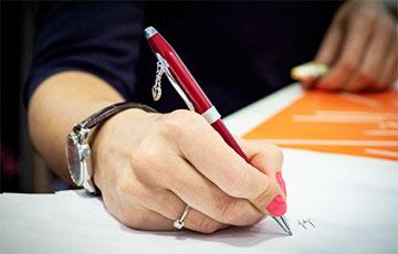 На избирательном участке под Москвой нашли ручки с исчезающими чернилами