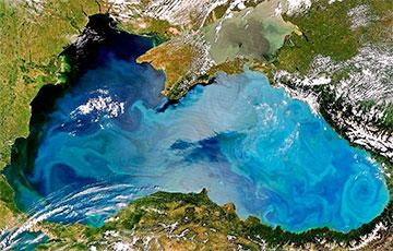 Плевок через Черное море