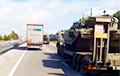 Вялізныя калоны вайсковай тэхнікі РФ рухаюцца да Крыма і ўкраінскай мяжы