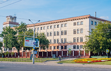 Minsk Bakery Drivers Go On Strike for the Second Day