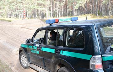 Польские пограничники развернули сотни нелегалов, которые пытались прорваться с территории Беларуси