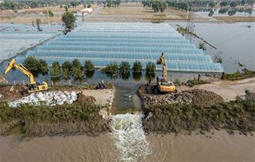 Китай затопило мощное наводнение: фото