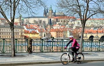 В Праге теперь можно бесплатно кататься на городских велосипедах