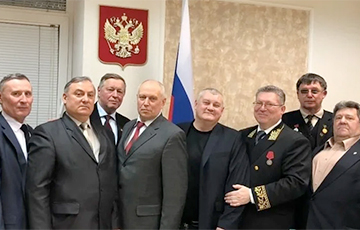 Генконсульство РФ в Харькове поздравило украинских военных и написало о смерти диктатора