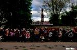Сотни человек провожают героя Беларуси Витольда Ашурка в последний путь5