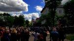 Сотни человек провожают героя Беларуси Витольда Ашурка в последний путь7
