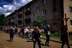 Сотни человек провожают героя Беларуси Витольда Ашурка в последний путь8