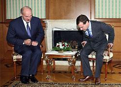 Лукашенко неожиданно и срочно вылетает в Москву на встречу с  Медведевым