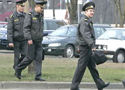 Opposition activists get arrested before Minsk meeting