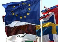 Евросоюз отозвал послов  из Минска
