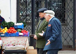 Lukashenka: We can wait still, but we�ll have to increase pension age in Belarus