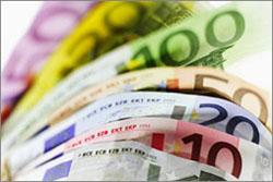 Курс евро обновил исторический максимум в России