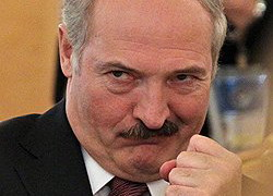 Lukashenka ordered to work �like in wartime�: in 3-4 shifts