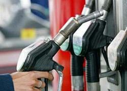 Ограничения на покупку бензина не сняты