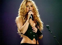 Shakira to sing and dance for Lukashenka?
