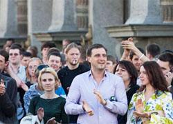 Истерика продолжается: В Минске снова массовые аресты (Фото, видео)