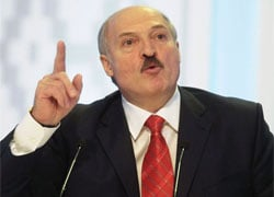 Lukashenka blames opposition for upcoming devaluation