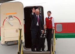 Лукашенко летит сначала в Казахстан, потом в Катар