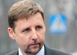 Migalski demands information about Kavalenka's health