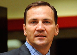 Radoslaw Sikorski: Poroshenko�s victory is huge loss for Putin