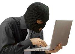 Олиневич: Начальник СИЗО КГБ предлагал работать на них хакером