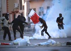 Полиция Бахрейна разогнала протесты школьников газом