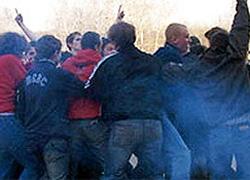 Массовая драка футбольных фанатов в Кобрине