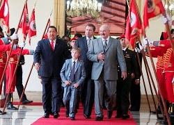 Lukashenka calls Kolya his successor