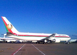 Der Spiegel: Belarusian dictator�s plane with golden curtains