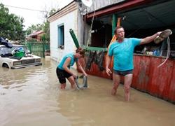 Страшное наводнение в Крымске глазами местных жителей (Видео)