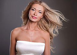 Belarusian Yekaterina Buraya is Miss Supranational 2012