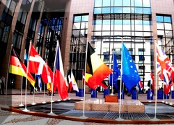 ЕС продлил санкции против белорусского диктатора