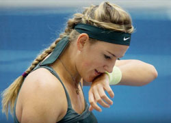 Victoria Azarenka out of Dubai