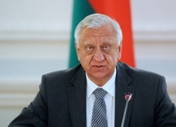 Мясникович подал в отставку?