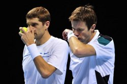 Mirnyi and Nestor suffered their first defeat in London