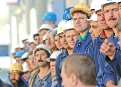 Lukashenka: �One must act against the workers with a tight rein�
