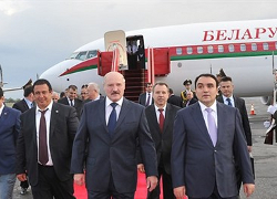 Азербайджанский политолог: Лукашенко поехал в Ереван по указке Москвы