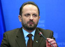 Роман Безсмертный: Регион проигрывает из-за пробки в виде режима Лукашенко