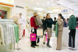 Едущих на шопинг за границу обложат пошлиной в $100