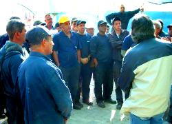 Две тысячи рабочих хотят уволиться с БМЗ