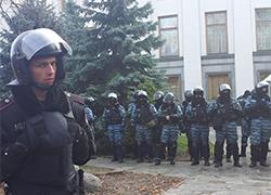 Ukrainian expert: Yanukovych can't keep power with help of Berkut's batons