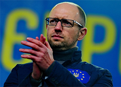 Belarusian TV: Yatsenyuk wants to deprive Russians of citizenship