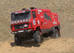 Belarus� auto crews finish 7th, 47th at third stage of Dakar 2014