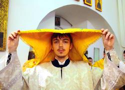 21-летний секретарь митрополита Павла получил за 40 дней три награды
