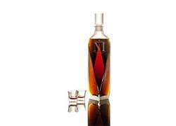 Бутылка виски побила рекорд стоимости на аукционе в Гонконге