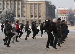 Minsk residents want to wreck filming propagandist movie about Square protest