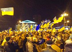 10 тысяч жителей Донецка вышли на митинг за единую Украину (Видео, онлайн)