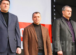 Ставленники России в Крыму — бандиты и банкроты